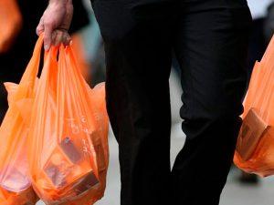 ¿Qué bolsas deberán cobrarse en las tiendas?